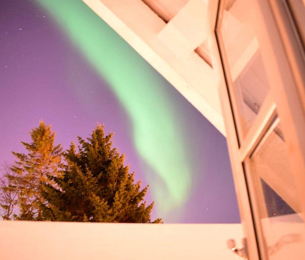 aurora boreale dalla finestra di camera nostra
