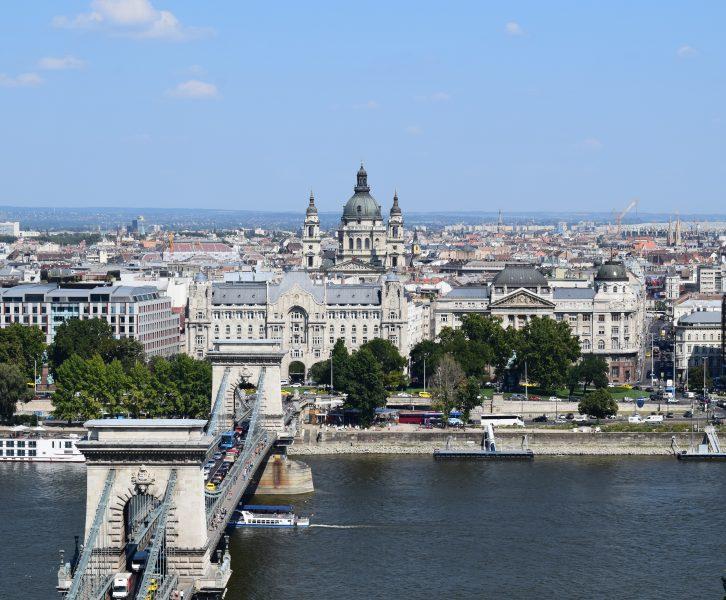 vista di Pest dal castello di Buda